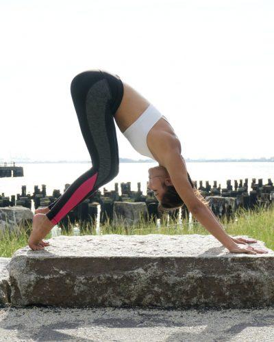 5 Yoga Poses You Should Do Everyday
